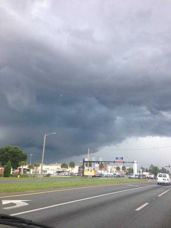 Skies on John Young Parkway in Orange County.