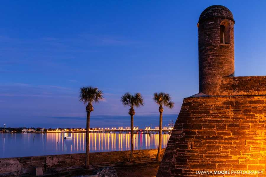 What: Fireworks Over the Matanzas: St. Augustine's Great Independence Day TraditionWhen: July 4, 6 p.m.-9:30 p.m.Where: Downtown St. AugustineIf you would like to travel to our nation's oldest city this Fourth of July, head to St. Augustine for outdoor food, concerts and fireworks.Starting at 6 p.m., The All Star Orchestra will perform at the Plaza de la Constitucion (The oldest park in the United States) for a two hour show of patriotic favorites. The performance will last until 8 p.m. At 9:30 p.m., the fireworks will explode over the Matanzas. This display will last for 20 minutes and is choreographed to a soundtrack of popular patriotic music.