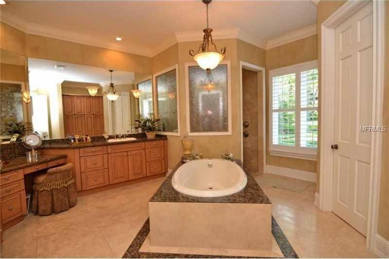 Luxurious free standing tub.