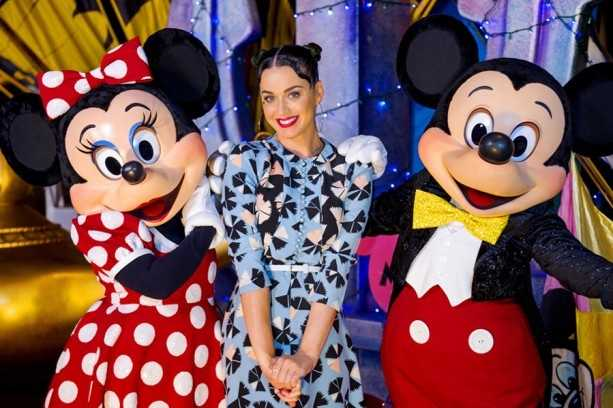 Singer Katy Perry took a break from her tour for a little rest at Disney World during the Fourth of July weekend.