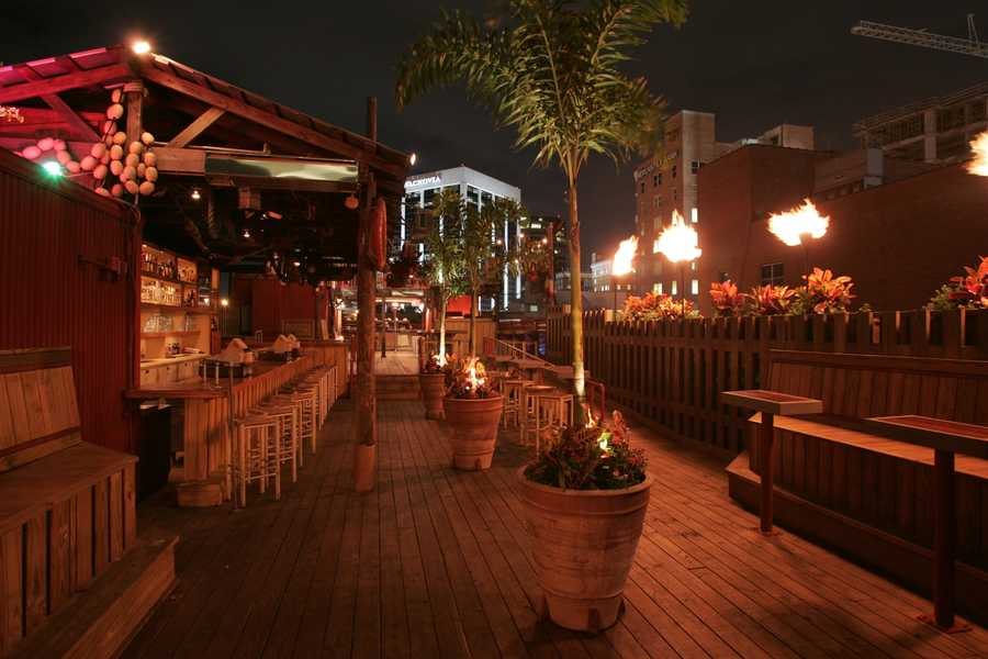 1. Historic Church Street is home to this roof top bar. Latitudes gives off a tropical vibe, with large wooden planks making up the floor and tropical plants situated throughout. During cooler nights, Latitudes fires up heat lamps to keep you warm. There is ample seating, popular music and refreshing drinks, making it a great spot to socialize with your friends.3-4-1 Happy hour every Friday 33 West Church Street Orlando, FL 32801