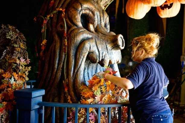 Disney Cruise Line is getting ready for fall with new decorations. Take a look!