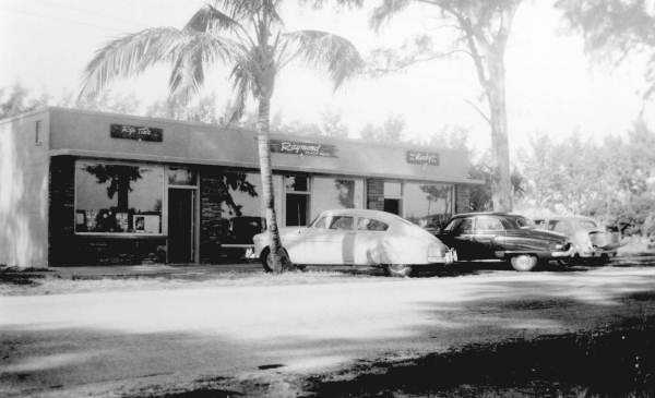 1952 or 1953: First stores on A1A, now Orlando Avenue