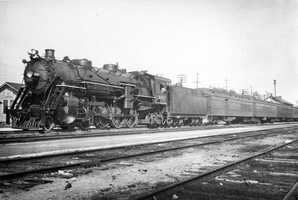 1935: Florida East Coast Railway engine 442 with the Miamian in New Smyrna Beach
