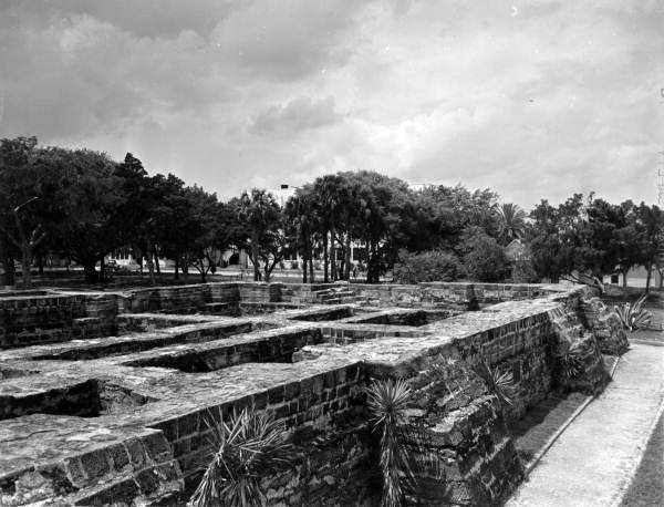 1948: The Coquina ruins in New Smyrna Beach