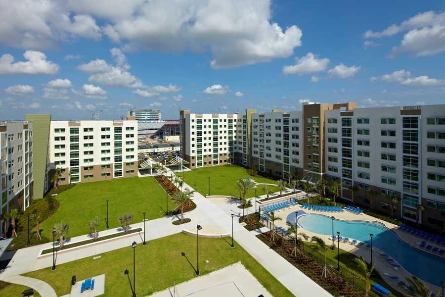 18. Florida Atlantic University: $2,522