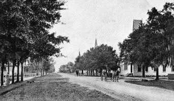 1907: View of Park Avenue in Sanford