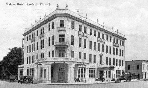 1920: View of the Valdez hotel in Sanford.