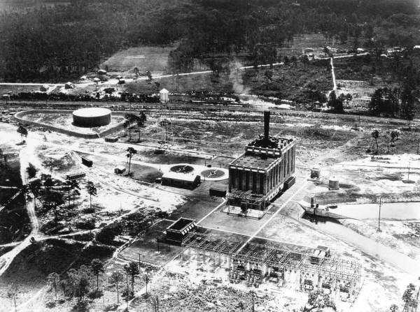 1931: View of the electric generating plant of the Florida Power and Light Company in Sanford