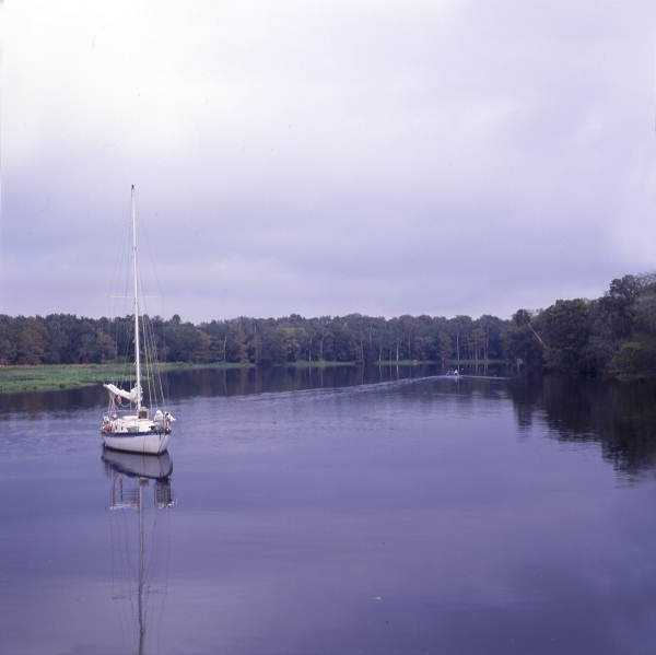 1993: Boat traveling on the scenic St. Johns River in Sanford