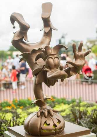 Trick or Treat! Disney World's Magic Kingdom is all decorated for Halloween this year. If you haven't had the chance to see it in person, take a look at these photos.