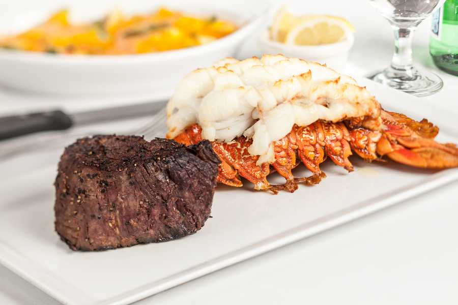 8. Christner's Prime Steak & Lobster This restaurant not only serves high-quality meats, but they also offer private dining booths or rooms for no extra charge. You can give your date a VIP experience for some privacy and an extra special evening. Address: 729 Lee Rd., Orlando, FL 32810