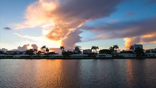 11. Pompano Beach, FlPopulation: 103,003Violent Crimes: 10.29 per 1,000 residentsProperty Crimes: 54.00 per 1,000 residentsTotal Reported Crimes: 64.29 per 1,000 residents