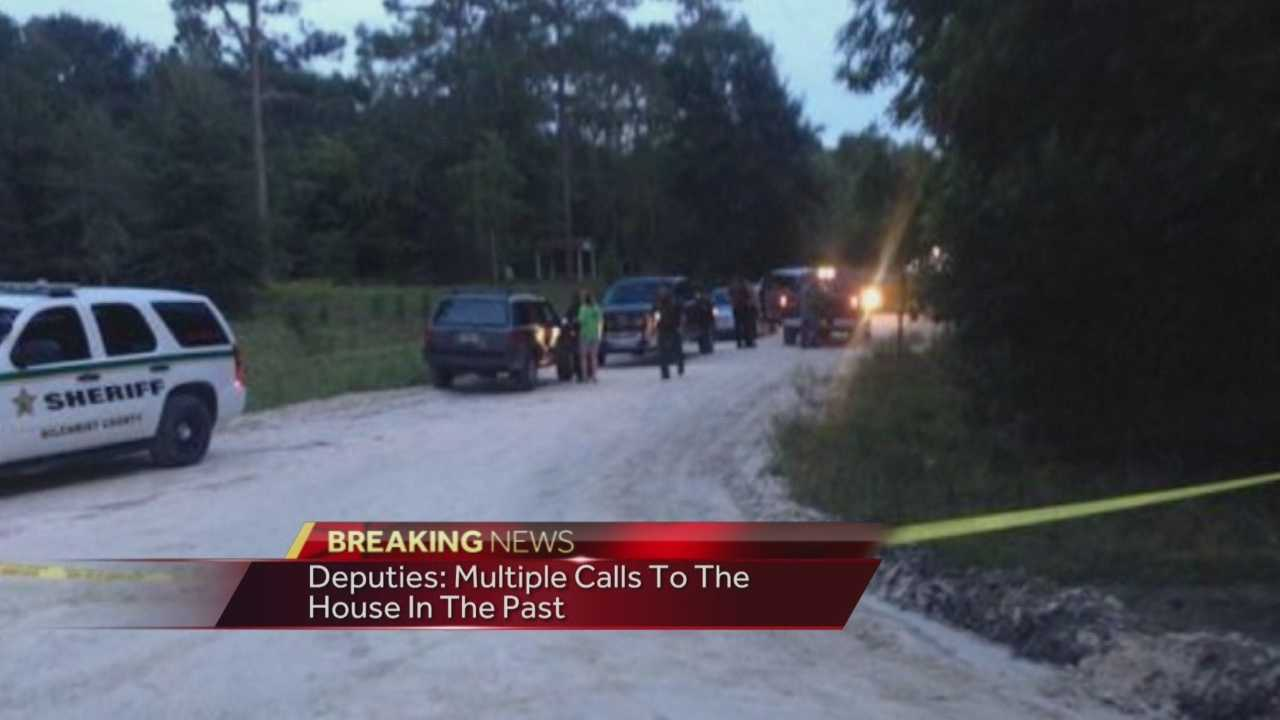 Two adults and six young children are dead after a murder-suicide in Bell, Fla., on Thursday afternoon, deputies said.