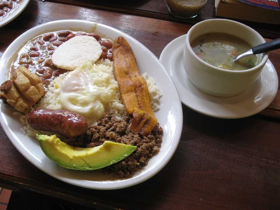 15. Oh! Que BuenoGet a taste of Colombia at this eatery. We highly recommend the Bandeja Paisa.Price range: $11-30Address: 1125 S Semoran Blvd., Orlando, FL 32807