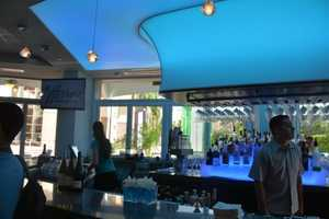 6. Harry's Poolside Bar & Grill at Rosen Centre Hotel Relax and enjoy Harry's casual ambiance and its tropical flavors.