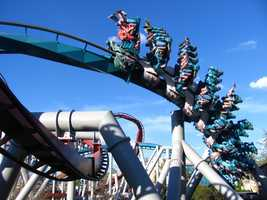 8. Dragon Challenge - Universal Islands of Adventure