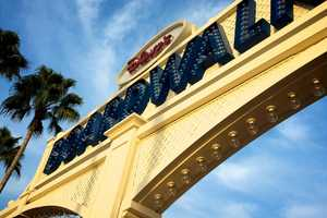 14. Disney's BoardwalkStroll along Disney's Boardwalk, which is a re-creation of a 1930's-style Atlantic coastal village. Stretching a quarter-mile, you can enjoy the free streetmusicians, magiciansandperformers.Address:2101 Epcot Resorts Blvd., Lake Buena Vista, FL 32830