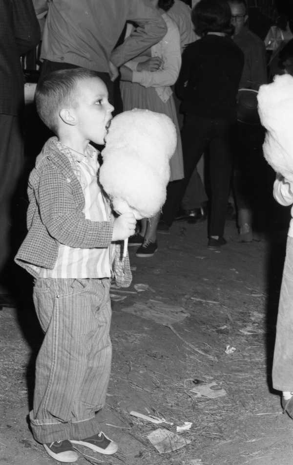 1964: Child eats cotton candy at the North Florida Fair.