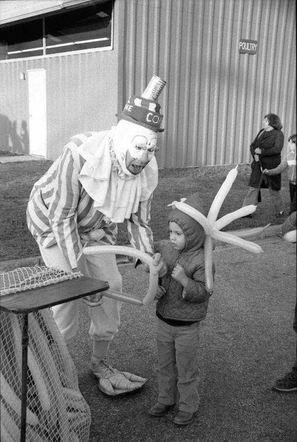 1984: Making balloons at the North Florida Fair.