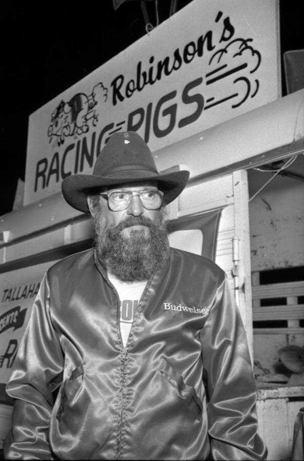 1986: Robinson's Racing Pigs at the North Florida Fair.