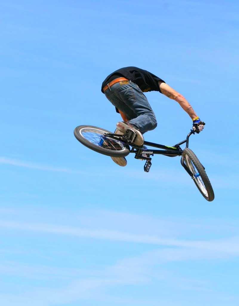 15. Orlando BMXThis is a great place to learn or practice your bike tricks and flips! This non-profit BMX track offers BMX for all ages.Address: 4801 West Colonial Dr., Orlando, FL 32808