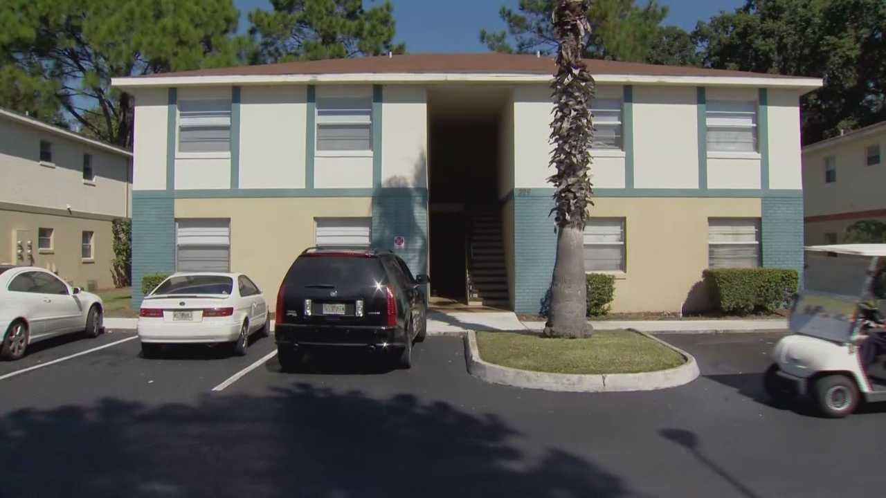 King Baker was sleeping on his couch Thursday before heading to work when he thought someone was breaking into his West Columbia Avenue apartment in Kissimmee.