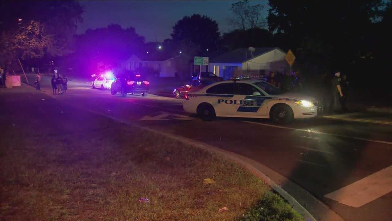 A woman was shot twice at an Orlando 7-Eleven on Wednesday afternoon.