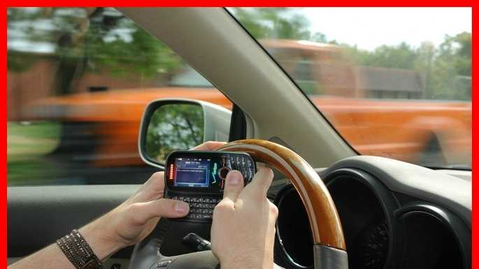 texting while driving english paper Texting and driving: it can wait by cody botkin in missouri texting while driving is illegal if you're under the age of 21.