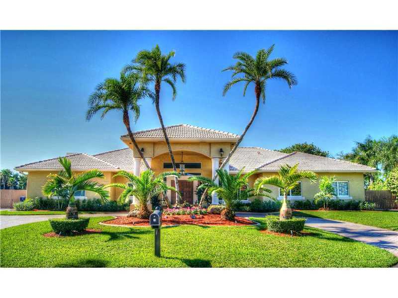 The average listing price of a four-bedroom, two-bathroom home is $240,901 in Florida. See the 20 Florida cities with the highest average home prices, according to the Coldwell Banker Home Listing Report.