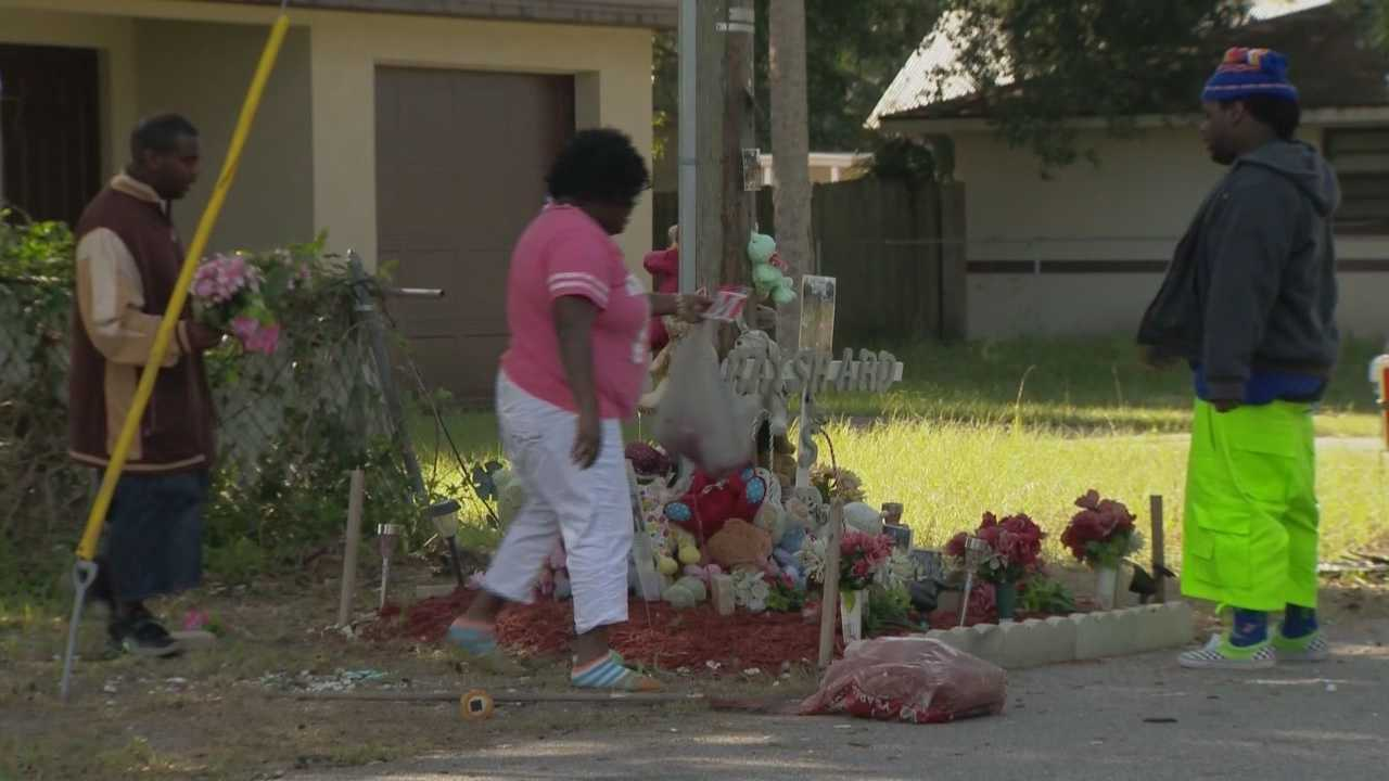 A Daytona Beach family is devastated that the 2012 murder of 23-year-old Rayshard Mitchell remains unsolved.