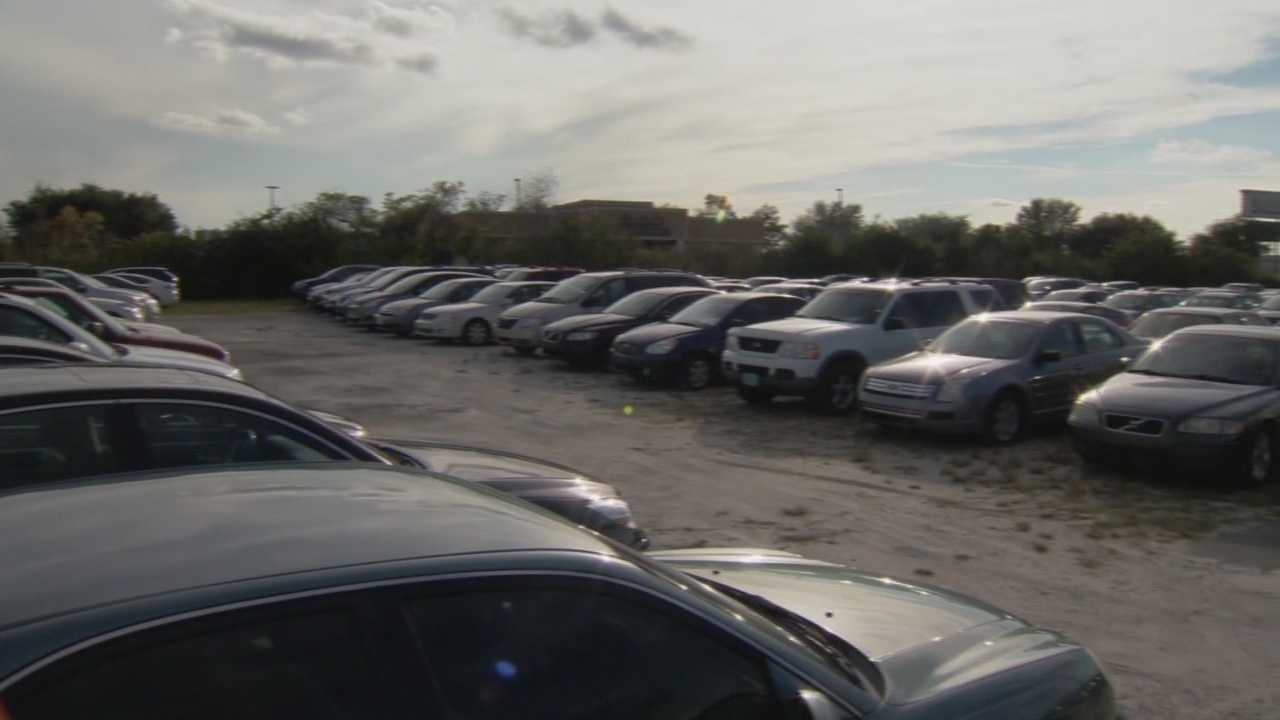 A parking business near the airport closed without warning, leaving some travelers stranded.
