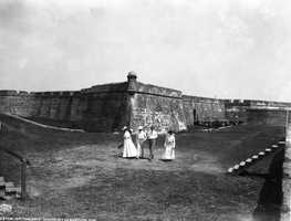 1902 - On the golf links in St. Augustine