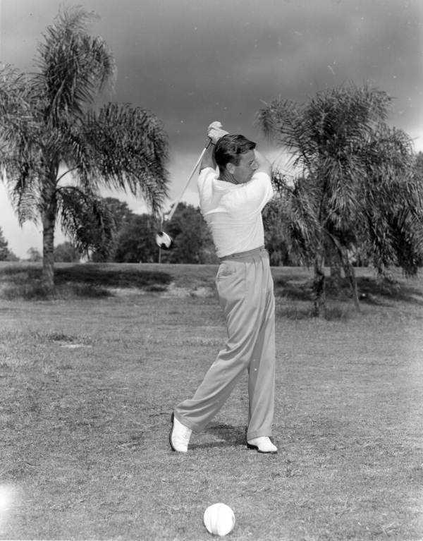1952 - Roy Hastings plays golf in Lakeland