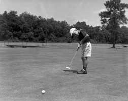 1960 - Young golfer at Pee Wee Golf in Orlando