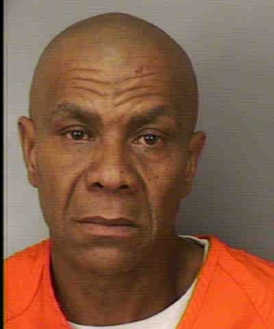 ROBERSON, HAROLD  GREGORY  -  GRAND THEFT $300 < $5000,  BATTERY ON LEO FTA-REMANDED