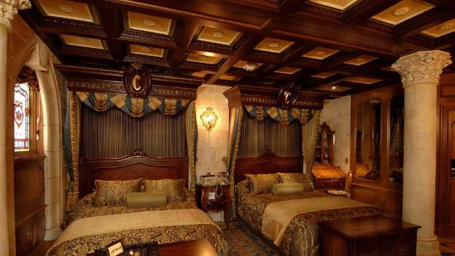 Take A Full Tour Cinderella Castle Suite At Disney
