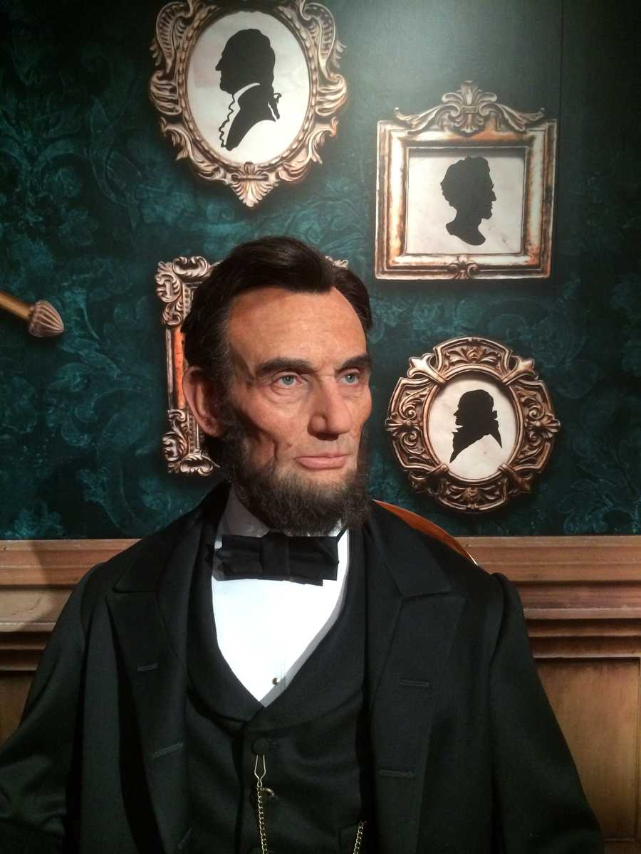 2. Abraham Lincoln - The 16th President of the United States of America