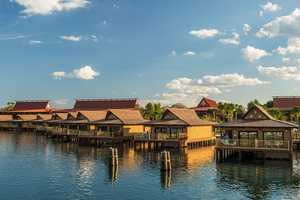 An overview of the Bora Bora Bungalows