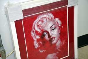 Marilyn Monroe portrait made from rose petals