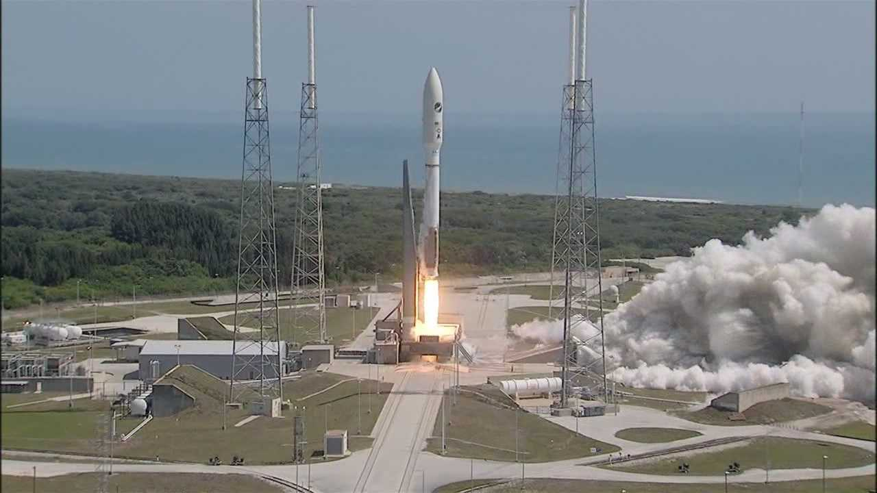 The Air Force launched its unmanned mini shuttle on the Atlas V rocket into space Wednesday morning from Cape Canaveral, Florida.