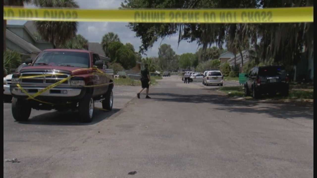 3 people shot at complex, 1 killed