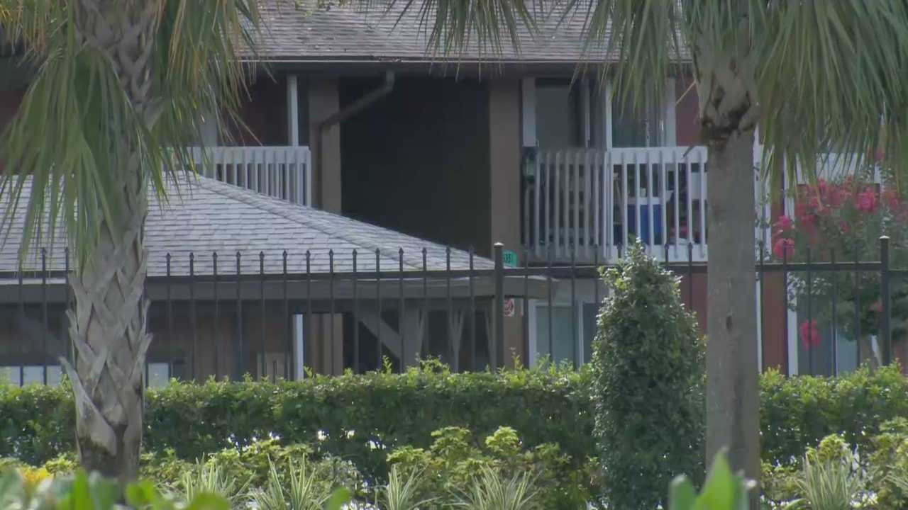 The Orange County Sheriff's Office says a man has surrendered after a standoff at an apartment complex Wednesday morning.
