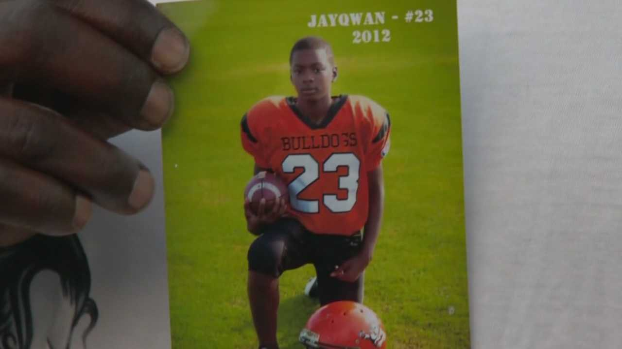 Father of a teenager stabbed to death while protecting his sister speaks to WESH2
