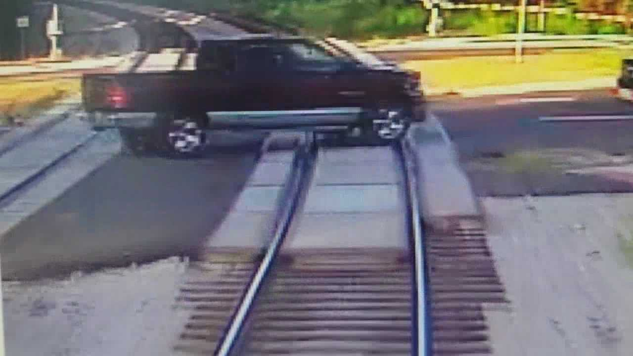 A southbound SunRail train just missed a red pickup truck in Lake Mary. The truck first stopped for the crossing gates, then suddenly, drove right through it, breaking it. Dave McDaniel (@WESHMcDaniel) has the story.