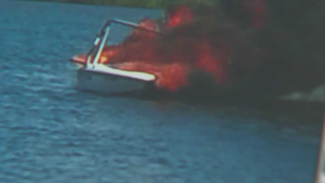 boat catches fire on a lake in Seminole county
