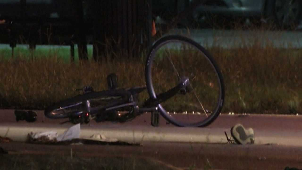 A crash involving an Orlando police officer sends a bicyclist to the hospital in critical condition. Adrian Whitsett (@AdrianWhitsett) has the story.