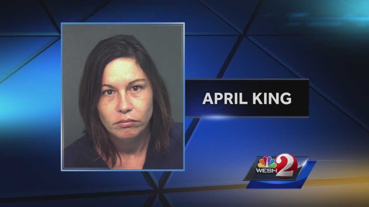 Apopka police have released video of the arrest of a woman for drinking in an Apopka restaurant while her young children remained in the car outside. Bob Kealing (@bobkealingwesh) has the story.
