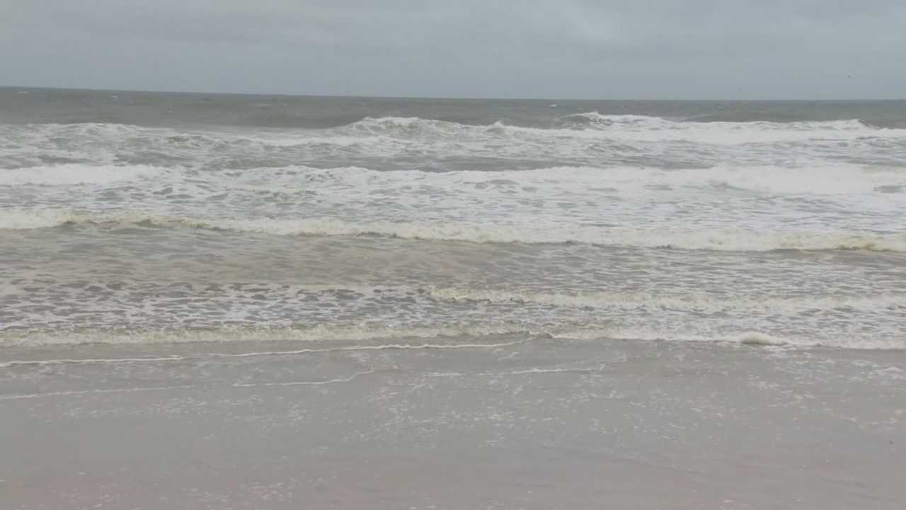 Waves will likely keep the beaches in Volusia County closed to traffic through the weekend. Hurricane Joaquin churning hundreds of miles to the east could cause minor beach erosion. Claire Metz (@clairemetzwesh) has the story.
