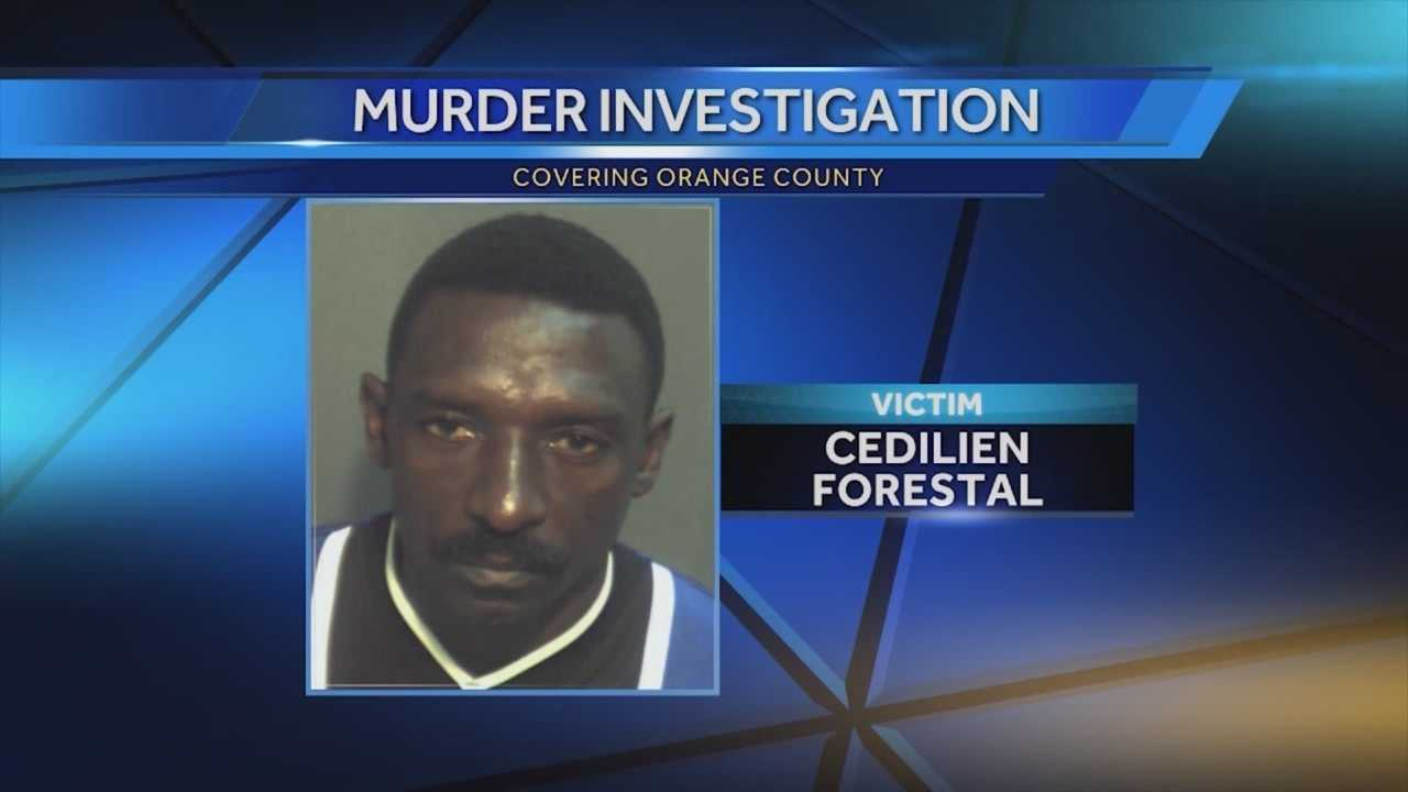 WESH 2 News is hearing from the man who says he stood face to face with an accused killer outside a tourist district hotel. Chris Hush (@ChrisHushWESH) has the story.